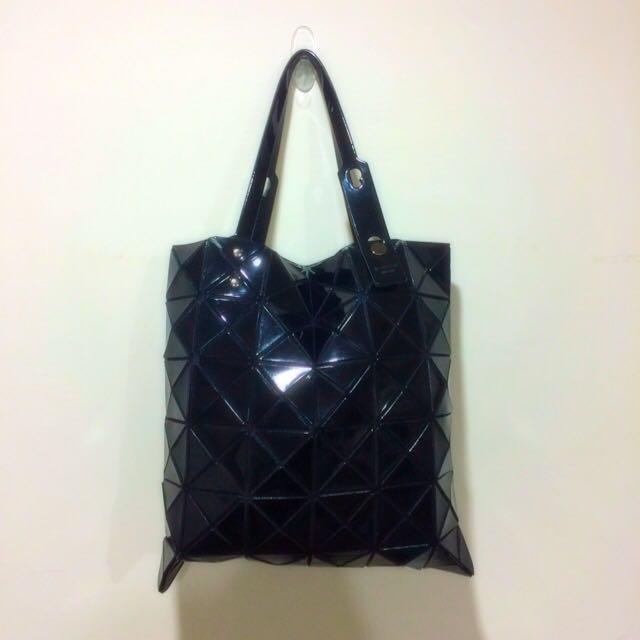 BaoBao Issey Miyake 6*6 經典款 亮面黑 手提包