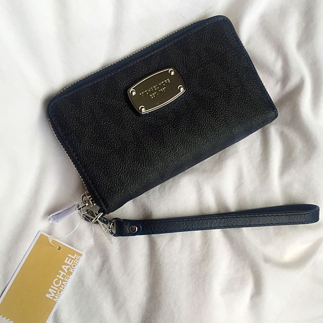Black Michael Kors Wallet