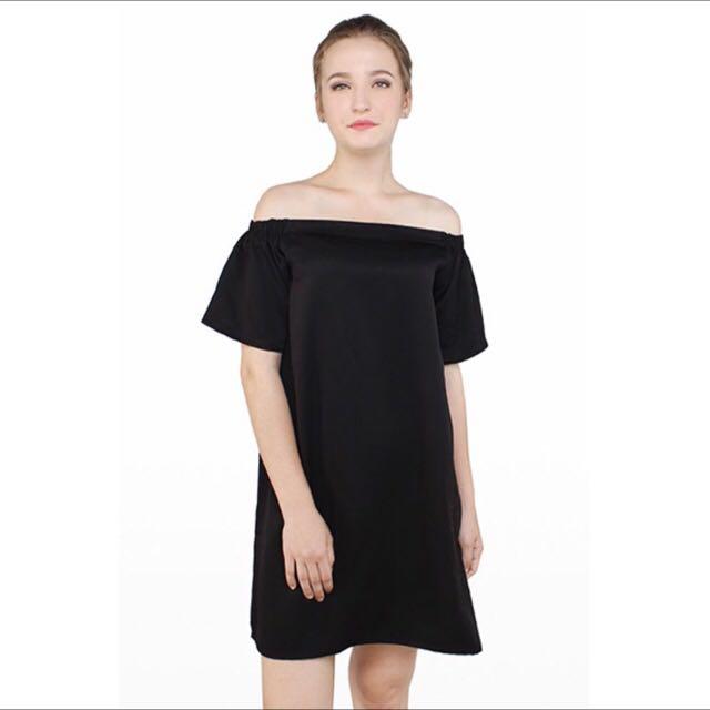Marylin Off-Shoulder Dress by Cottonink
