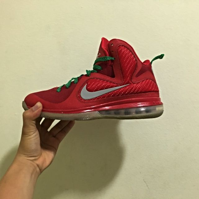 Christmas Lebron 9s.Nike Lebron 9 Christmas Men S Fashion On Carousell