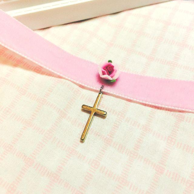 日系Vivi Zipper AMO 原宿系少女風手作玫瑰軟陶花金屬十字架頸鍊 粉色