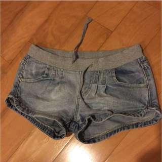 鬆緊牛仔短褲 尺寸S