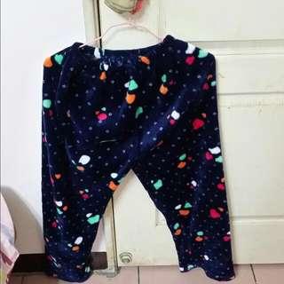 近全新 兩款不同款式褲子 絨毛 絨絨 毛絨 保暖 厚 深藍色 水藍色 可愛 睡褲 冬天必備