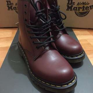 Dr. Martens 馬汀 酒紅