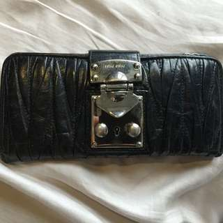 Miu Miu Black Matelasse Wallet Purse With Metal Hardware Pre-loved