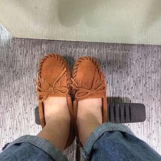 九成新莫卡辛鞋