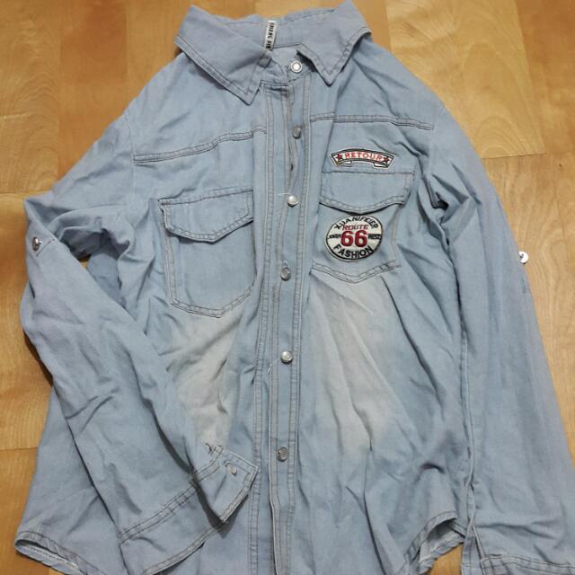8.5成新の牛仔襯衫外套