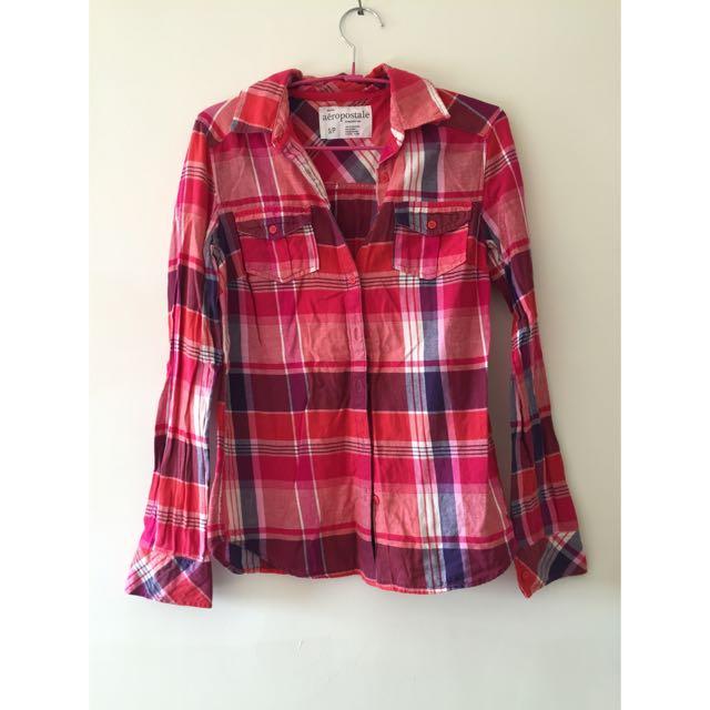 紅色格子襯衫
