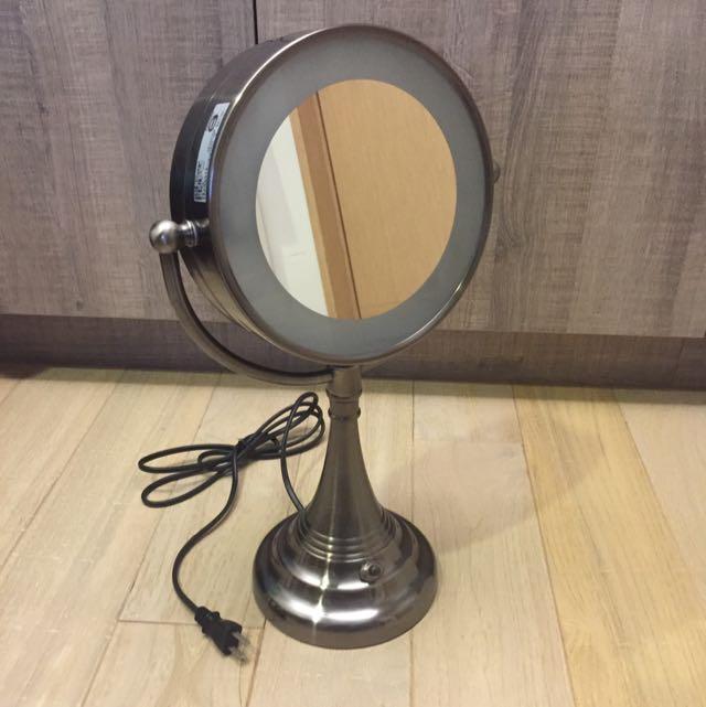全新 HOLA附燈金屬化妝鏡