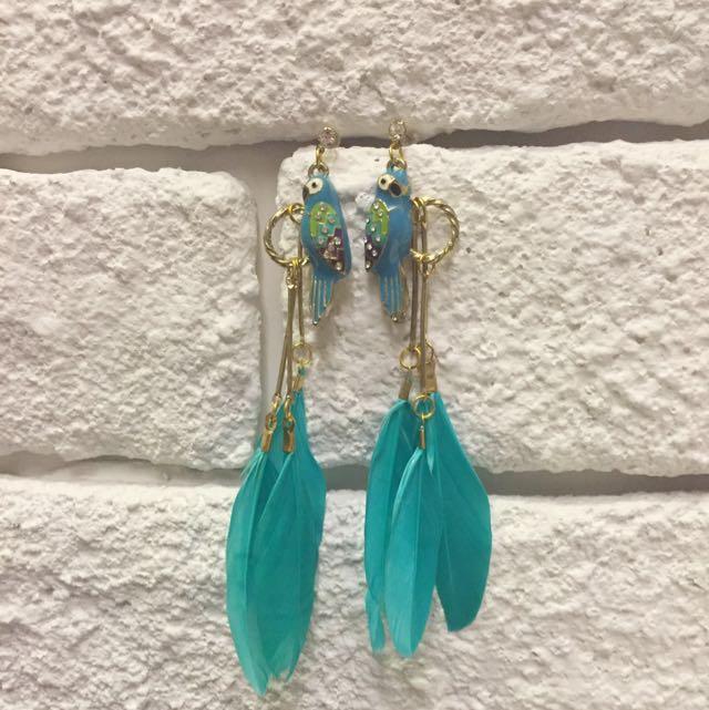 藍綠鸚鵡 垂墜羽毛耳環