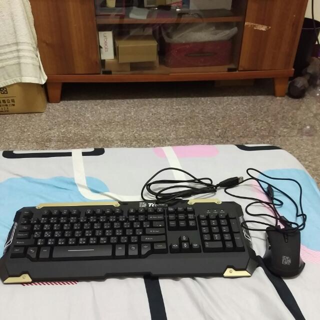 曜越 軍令官 藍光鍵盤滑鼠組
