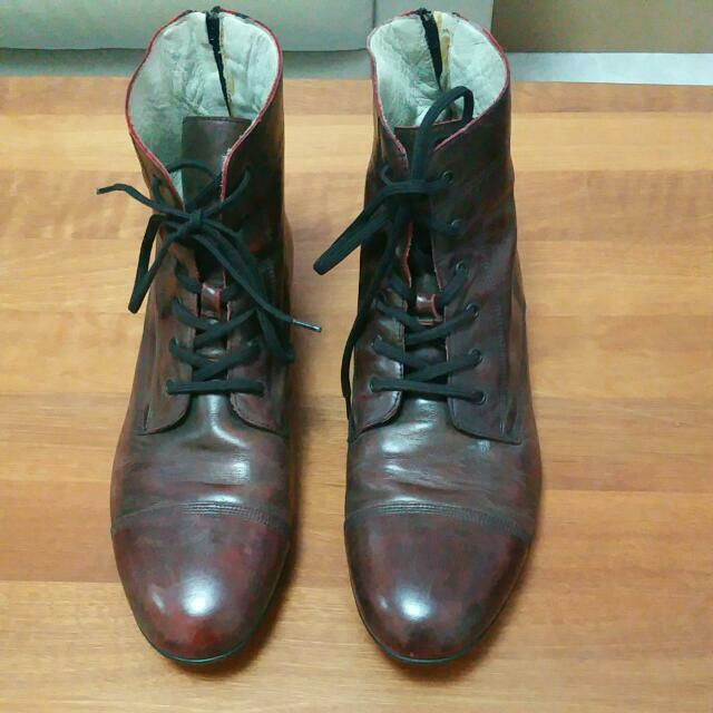 Pre-Loved Handmade Leather Shoes (Can Fit Size US 10 or 11)