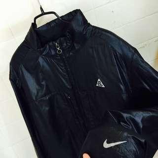 (保留)正品acg黑色防風運動外套