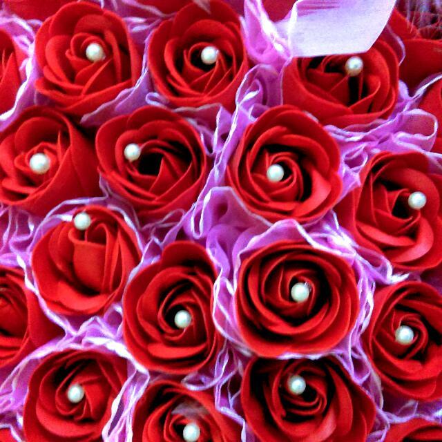 【情人節首選】108朵玫瑰香皂花