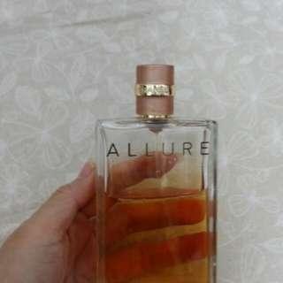 CHANEL ALLURE 香水