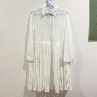 BNWT YHF Lace Pleated Button Up Dress