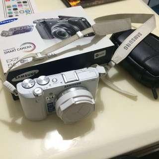 9成新!Ex2f公司貨 翻轉相機