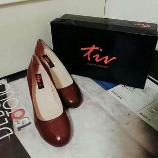tiv 屣坊手工鞋 高跟鞋 咖啡色 38號 上班/舞會 /正式場合