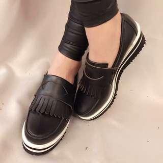 正韓貨~百搭流蘇鬆高鞋/厚底鞋