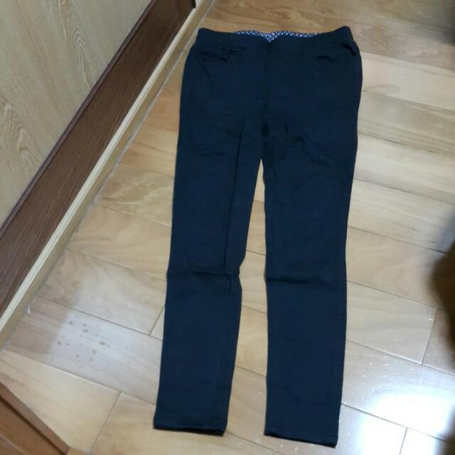 8.5成新👖顯瘦窄管黑褲