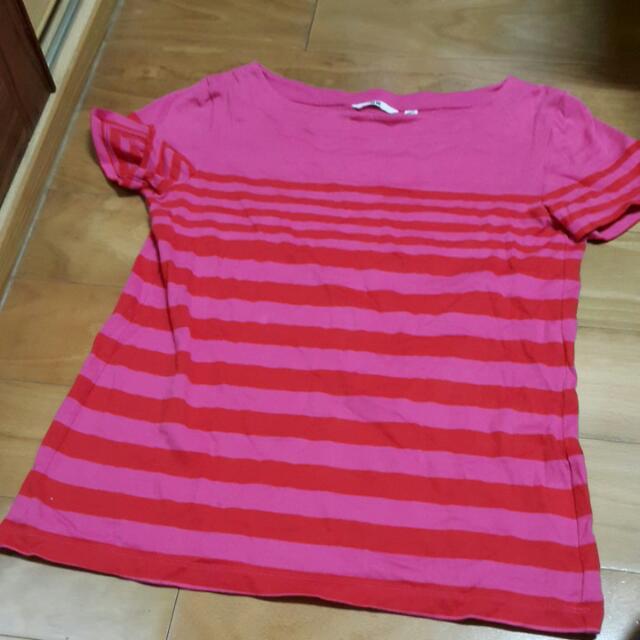 9成新🎀Uniqlo桃紅條紋一字領T-shirt