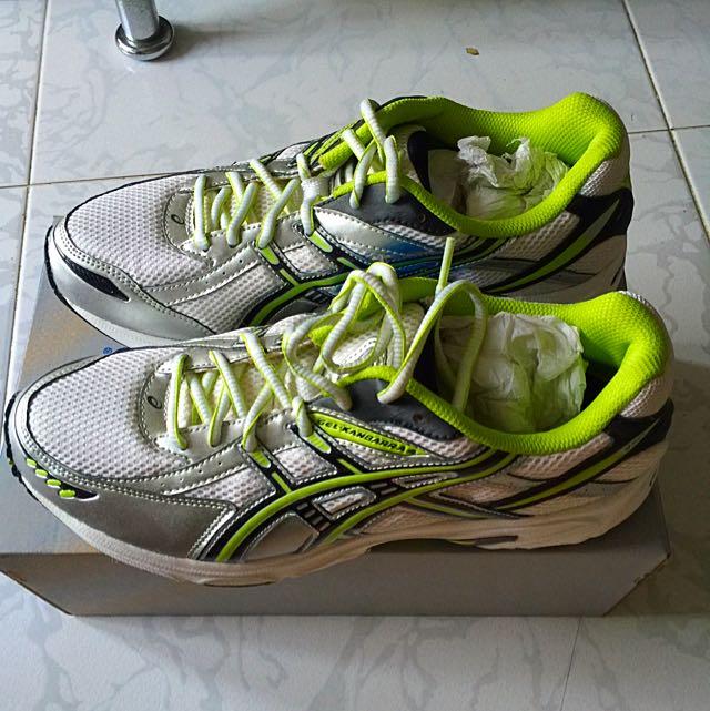 31db36dc17e 👟Asics Gel-Kanbarra 4 SP - Size 8 Sport Running Shoes 👟, Sports on ...