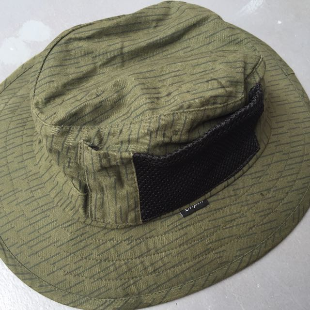 7c2bcec3a0c BRIXTON Tracker Bucket Hat