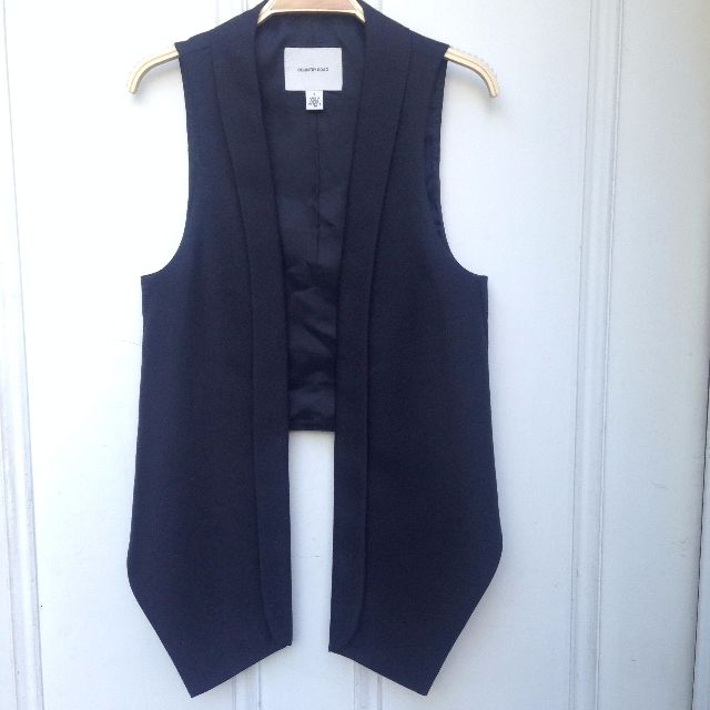 Country Road Vest Black Wool size aus 8