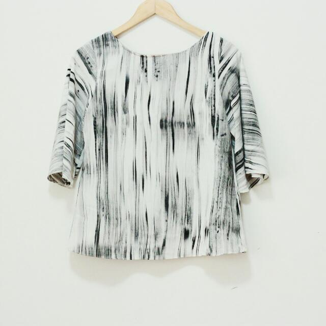 Marble Lines Top