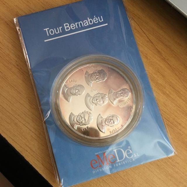 Real Madrid Tour Bernabeu Coin