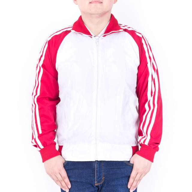 WHITE RED JACKET