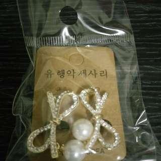 蝴蝶結 珍珠耳環 夾式