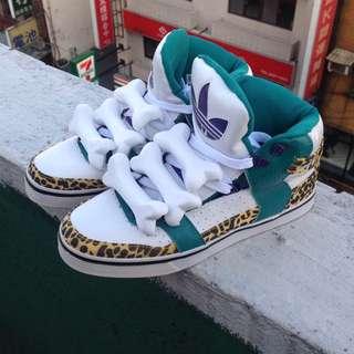 Adidas 狗骨鞋