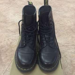 Dr Martens High Cut Boots Eur 37 UK 4