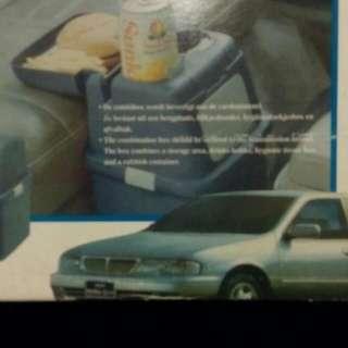 車用杯架垃圾桶
