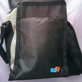 Preloved Ezzy Hot/Cold Bag