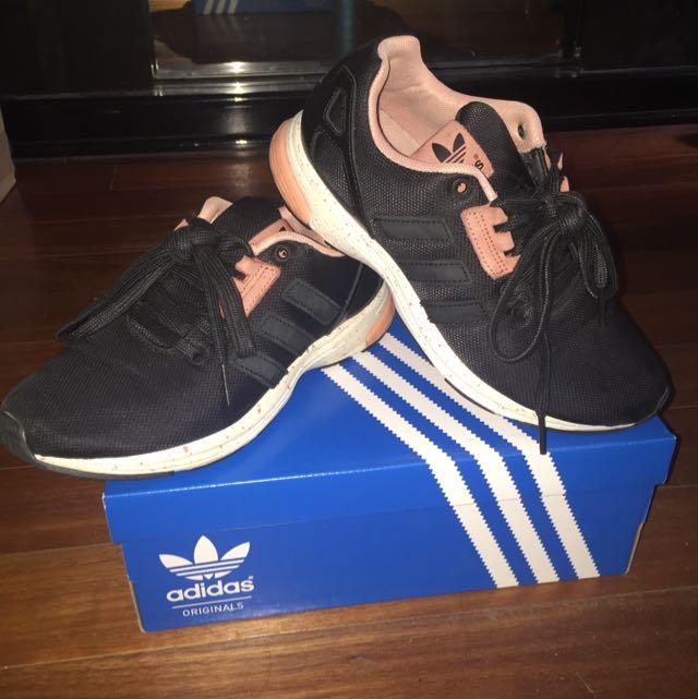 Adidas ZX FLUX TECH Size 5, Sports on
