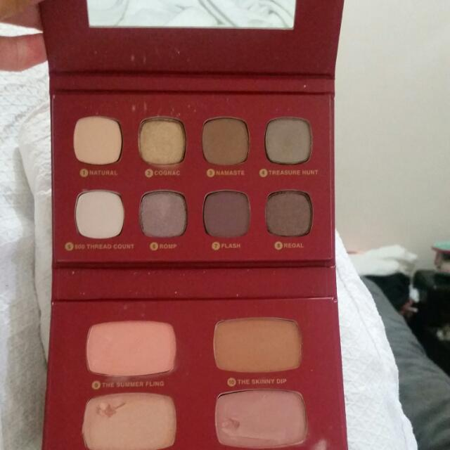 Bare Minerals Limited Edition Compacked Set (The Regal Wardrobe)