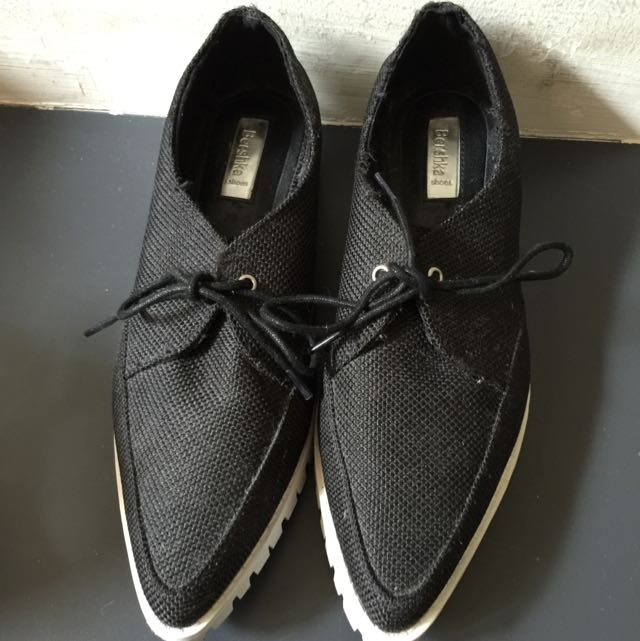 Bershka (B&W Shoes)