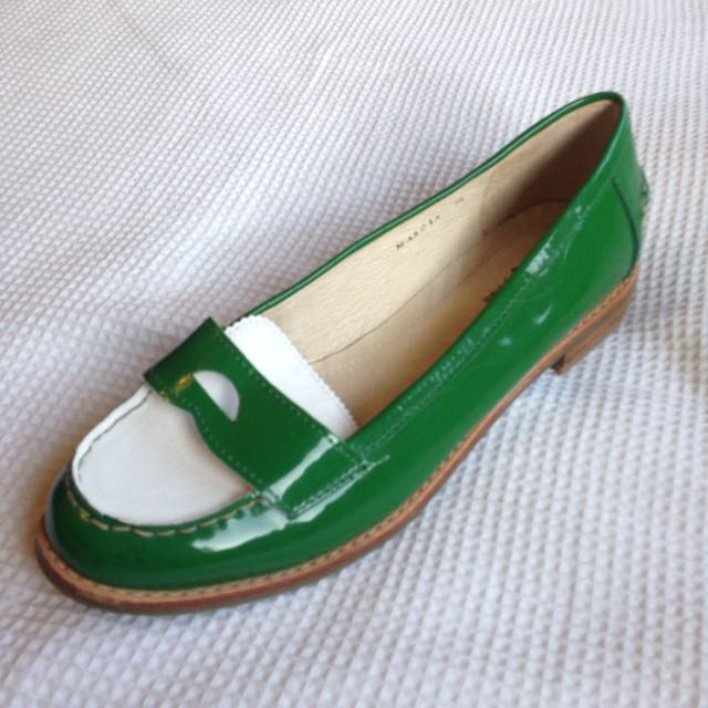 Funky Green/White flats size 7 1/2