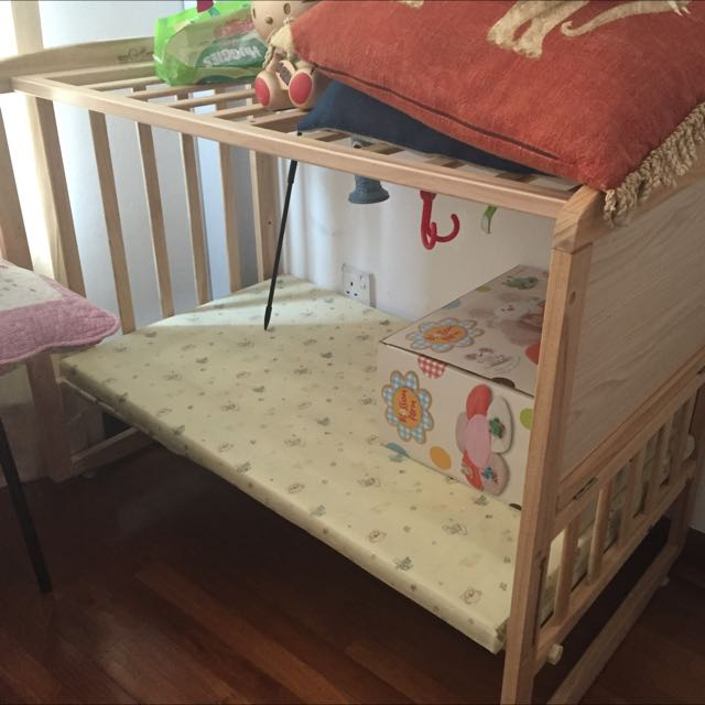 Side Table That Can Be Setup As Baby Cot