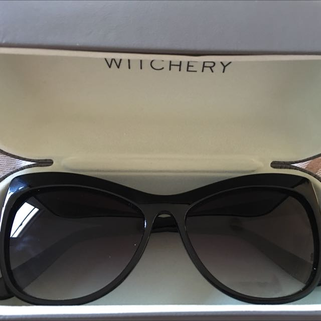 Witchery Camille Sun Glasses