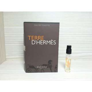 Hermes 愛馬仕 TERRE D'HERMES 愛馬仕 大地 男性淡香水 2ml 可噴式 試管香水 全新