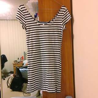 TEMT Black White Striped Mini Dress