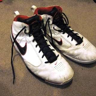 Nike Zoom BB Basketball Shoes