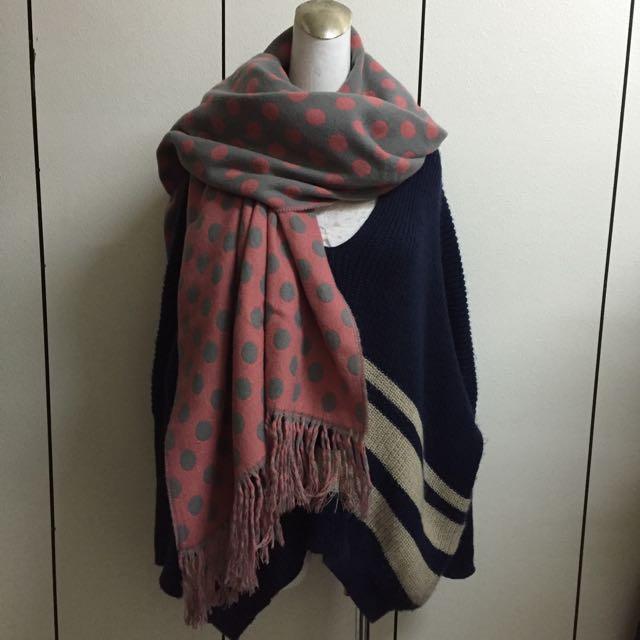 灰粉點點雙面圍巾