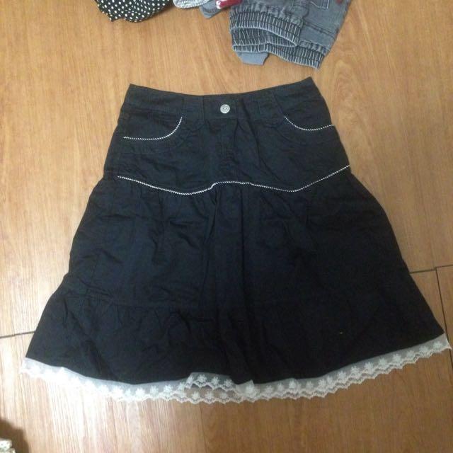 日系及膝裙