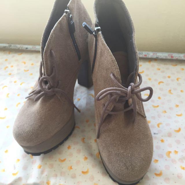 韓國帶回 找高高跟鞋 麂皮 駝色 23公分