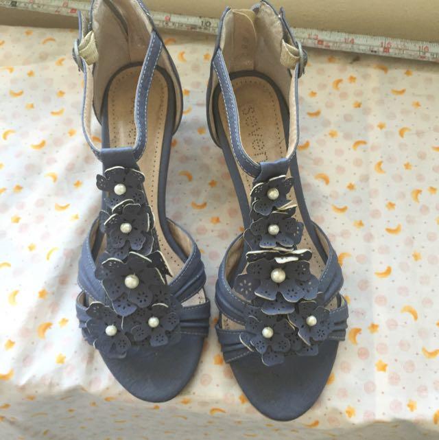 韓國帶回 藍色小花珠珠 微高跟 羅馬鞋 涼鞋 23.5
