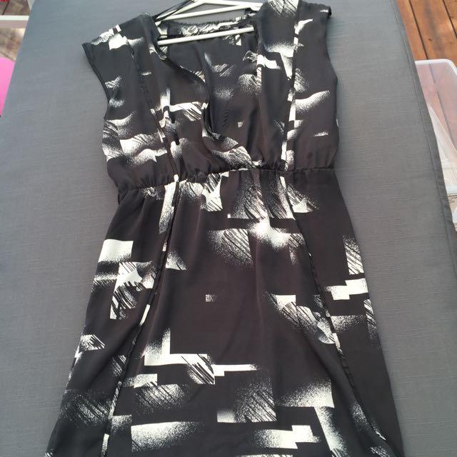 Emerson Dress - Size 10